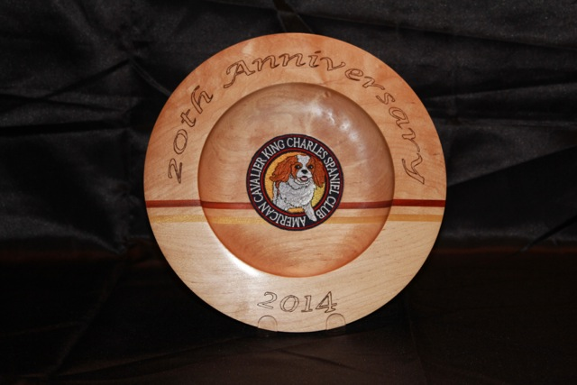 2014_Auction_Wooden_Platter.jpg